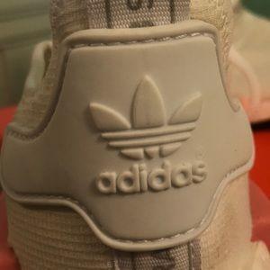 Le Adidas Aumentare Le Scarpe Da Ginnastica Con Cristalli Swarovski Poshmark